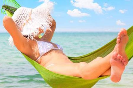 Il Sole nemico del viso in vacanza: Cosa fare?
